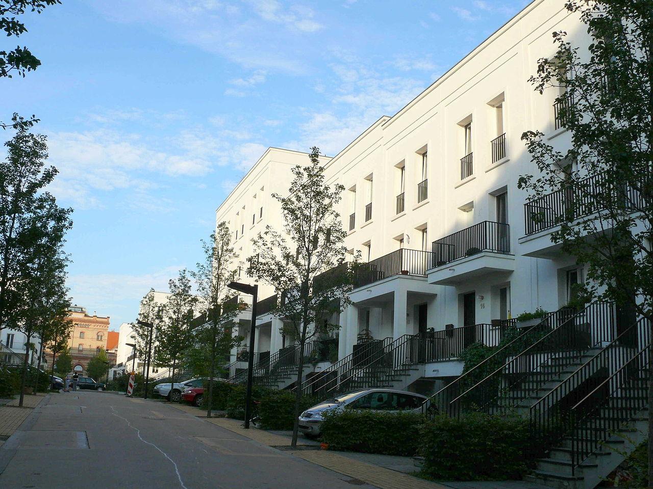 File prenzlauer berg am schweizer garten wikimedia - Schleitzer garten ...
