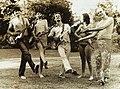 Primera formación de Sumo en 1981.jpg