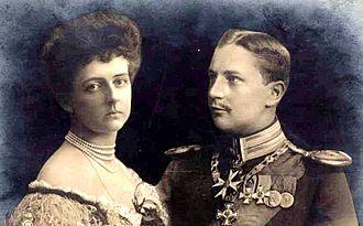 Duchess Sophia Charlotte of Oldenburg - Sophia Charlotte with her first husband Prince Eitel Friedrich, 1910