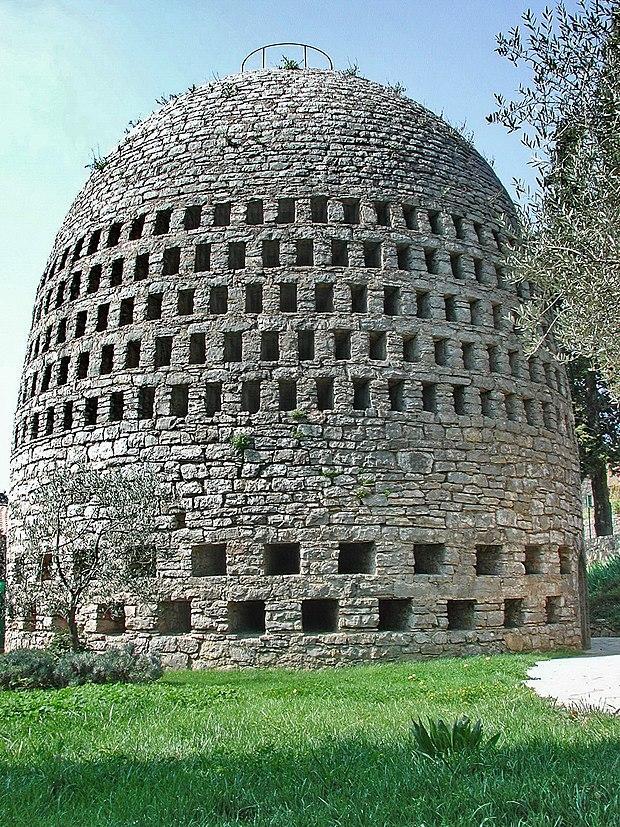 Monument historique à Trans-en-Provence