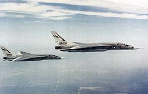 RA-5C Vigilantes RVAH-1 in flight 1978.jpg