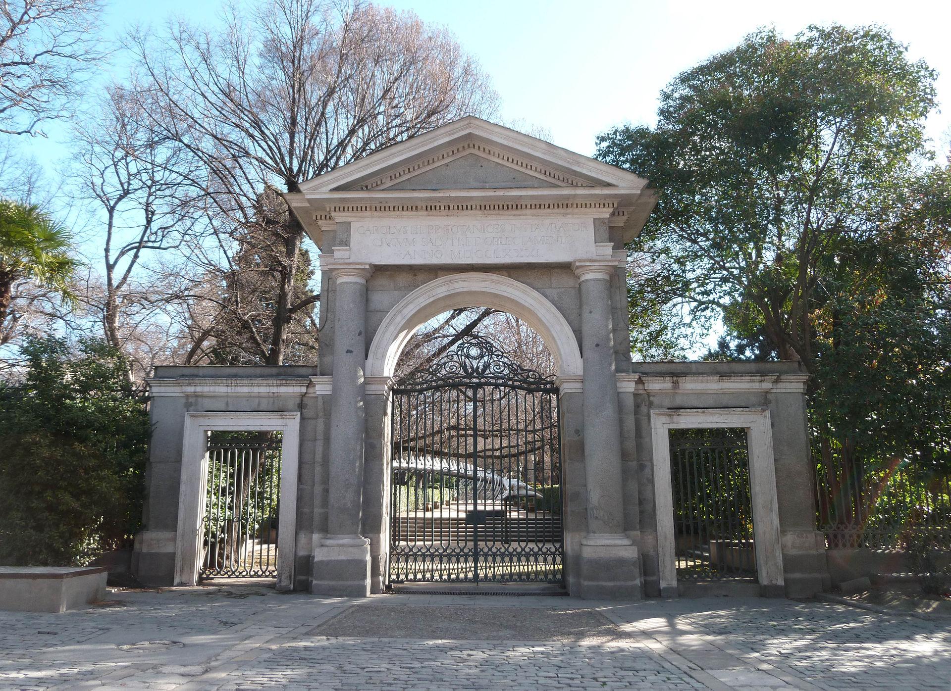 Puerta real madrid wikipedia la enciclopedia libre for Precio entrada jardin botanico madrid