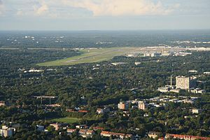 Hamburg Airport - Aerial overview of the airport and its surrounding area