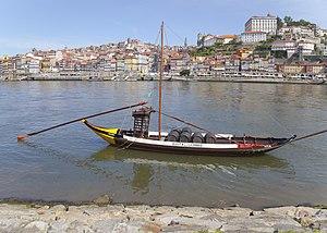 Rabelos en el río Duero, Vila Nova de Gaia, Portugal, 2012-05-09, DD 06.JPG