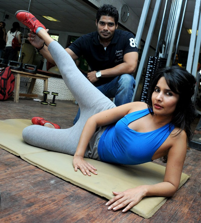 Rachna Shah at a work out designed by Satish Naidu (7)