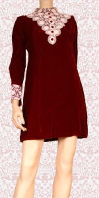 Hemline - Image: Red velvet mini dress 1435042510