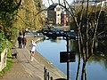 Regent's Canal, Islington - geograph.org.uk - 689732.jpg