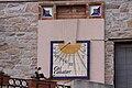 Rellotge de sol, Cal Cabaler, xanfrà C-14 amb el carrer de la Creu, Solivella, Conca de Barberà. Tarragona.jpg