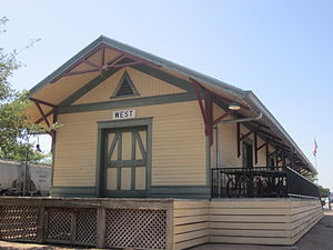 West, Texas - Image: Restored rail depot in West, TX IMG 4902