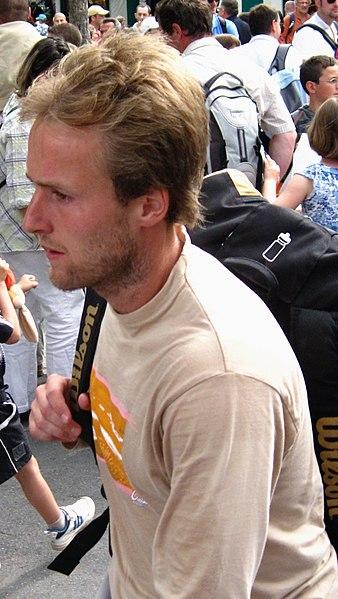 File:Rochus Roland Garros 2009 1.jpg