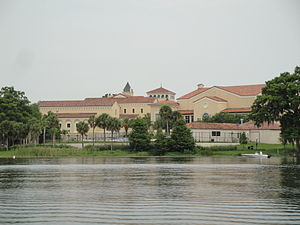 English: View of Rollins College from Lake Vir...