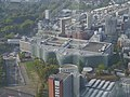 Roppongi Hills Mori Tower Blick auf Nationale Kunstzentrum.jpg