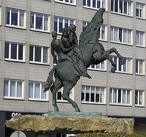 Bayard (legend) - Sculpture of Bayard in Dendermonde, Belgium