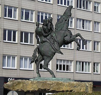 The statue of Ros Beiaard (mythological horse,...