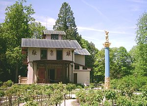 Rose Island (Lake Starnberg) - The rose garden and casino