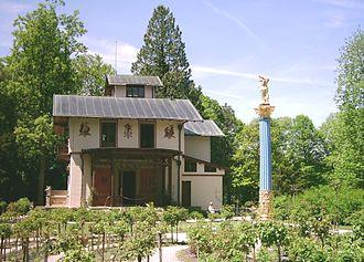 Rose Island (Lake Starnberg) - The rose garden and casino