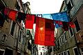 Roupa a secar numa rua italiana.jpg