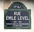 Rue Émile Level (Paris) - panneau.JPG