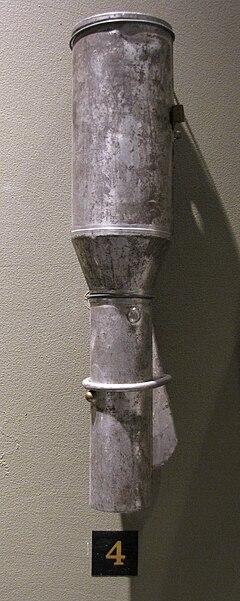240px-Russian_hand_grenade_model_1914.JP