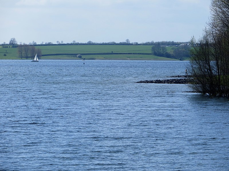 File:Rutland Water - April 2014 - panoramio (1).jpg