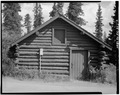 SIDE, LOOKING EAST - Mount McKinley Headquarters, Barn, Cantwell, Denali Borough, AK HABS AK,23-MCKIN,1-J-2.tif