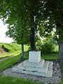 Saint-Éloi-de-Fourques (Eure, Fr) croix de chemin au Mouchel.JPG