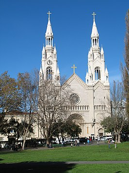 De Saints Peter and Paul Church vanaf Washington Square