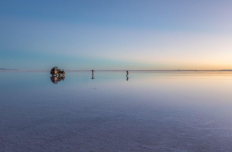 File:Salar de Uyuni, Bolivia, 2016-02-04, DD 16-18 HDR.JPG