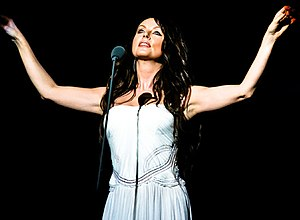 Sarah Brightman discography - Sarah Brighten performing in 2007