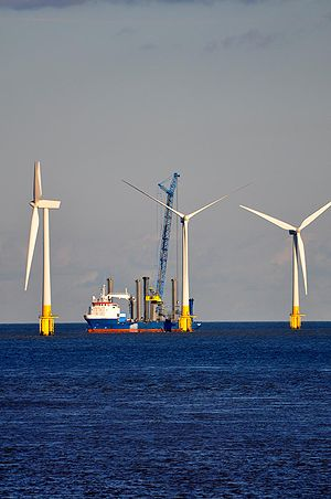 Jackup rig - Image: Scroby Sands Wind Farm 2981489897