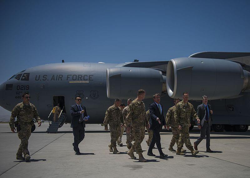 Secretary of Defense Ashton Carter visits Bagram servicemembers 160712-F-RN544-118.jpg
