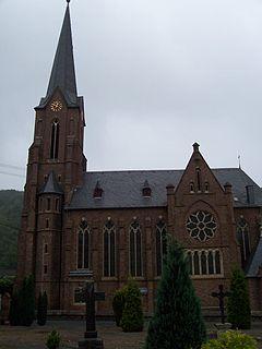 Seitenansicht St. Remigius Remagen-Unkelbach