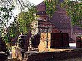 Shariputra's Stupa at Nalanda, Bihar, India, 1993 (3946578961).jpg
