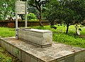 Sir Harnold Williams Grave.jpg