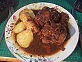 Slow Cooker Oxtail Stew with roast potato & parsnip (44461398214).jpg