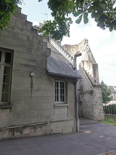 Soissons, Ancien évêché, (6, Place Mantoue)