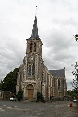 Soulgé-sur-Ouette - église Saint-Médard.JPG