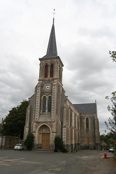 Église Saint-Médard de Soulgé-sur-Ouette.