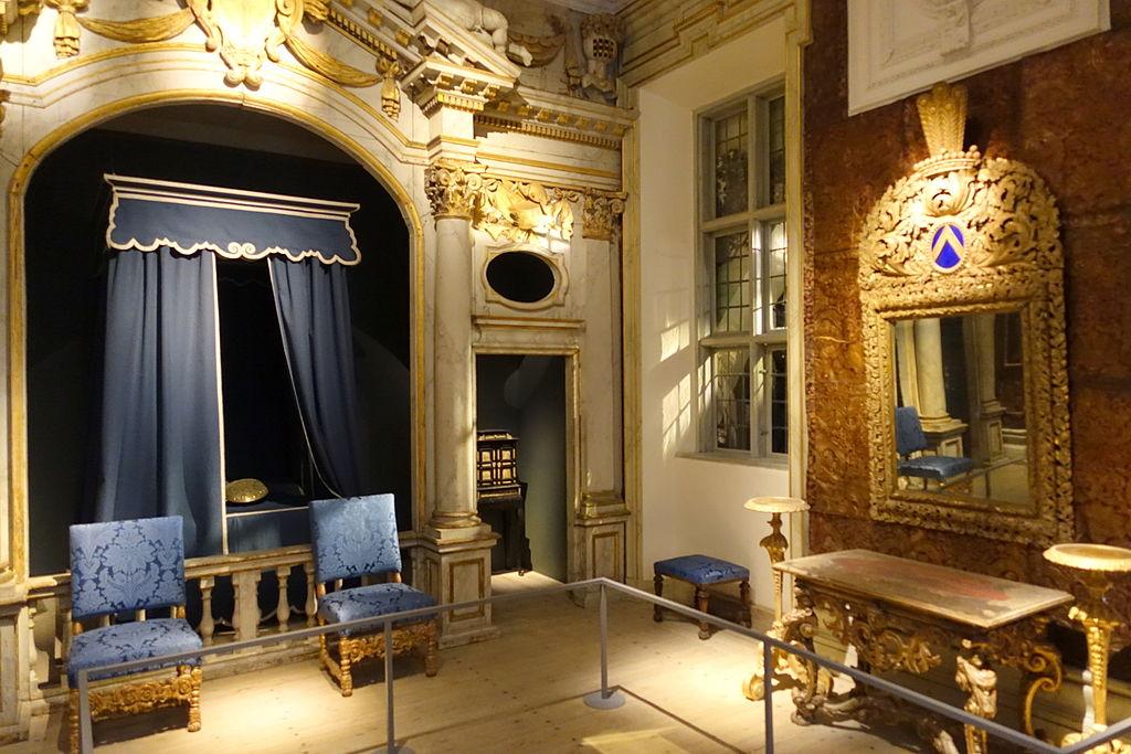 State bedroom, Ulvsunda Castle - Nordiska museet - Stockholm, Sweden - DSC09851.JPG