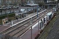 Station Tramway Ligne 2 Parc St Cloud 1.jpg