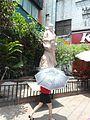 Statue at Zhongjie Road - 02.jpg