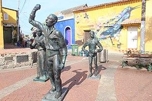 Statues in Plaza de la Trinidad