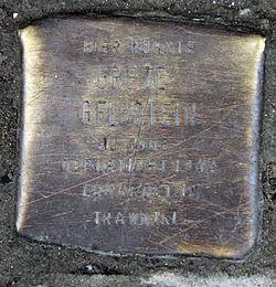Photo of Grete Gelbstein brass plaque