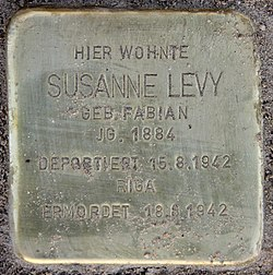 Photo of Susanne Levy brass plaque