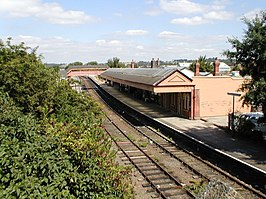Stratford-upon-Avon railway station in 2000.jpg