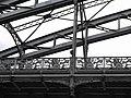 Structures métalliques et décorations du viaduc d'Austerlitz.JPG