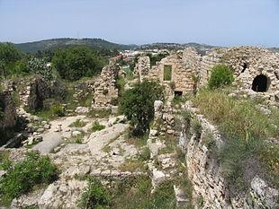 Rovine del villaggio palestinese di Suba, presso Gerusalemme, visto dal kibbutz Zova.
