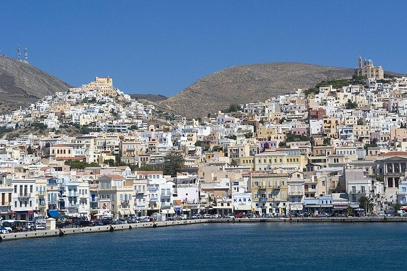 Ano Syros și Ermoupolis - Author: Hans Peter Schaefer
