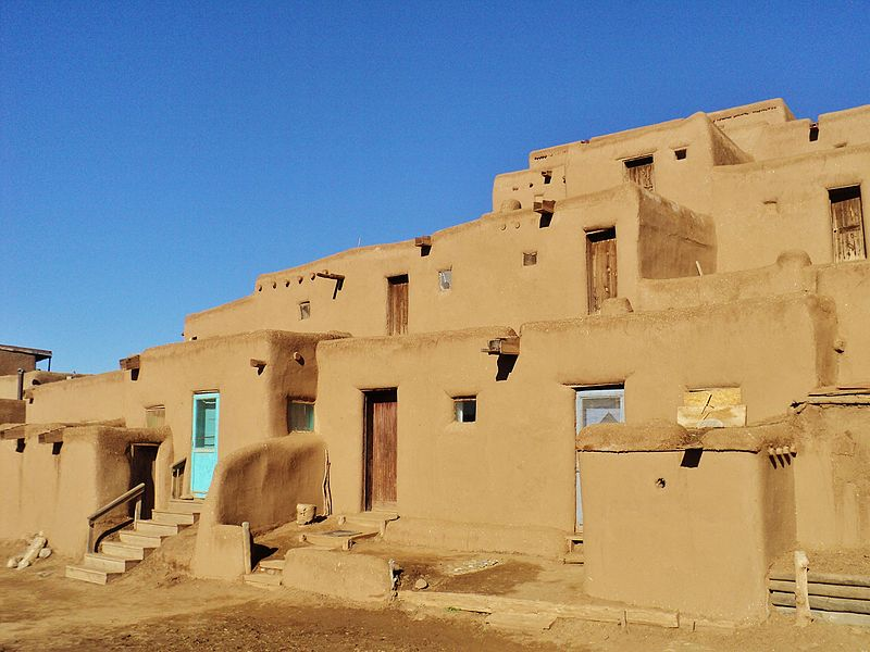 File:Taos Pueblo (7) (15971098945).jpg