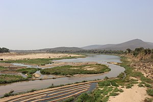Tawa river mp India.jpg